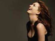 Anne-Hathaway-26
