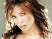 Dannii-Minogue-25