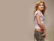 Hilary-Duff-17
