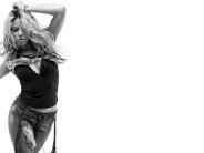 Shakira-56