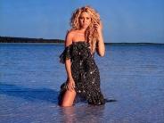 Shakira-58