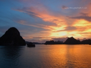Halong_Bay_Sunset_WP