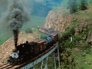 old-train-crossing-bridge